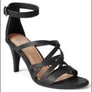 NWT Gap Black Leather Strappy City Heels 7.5